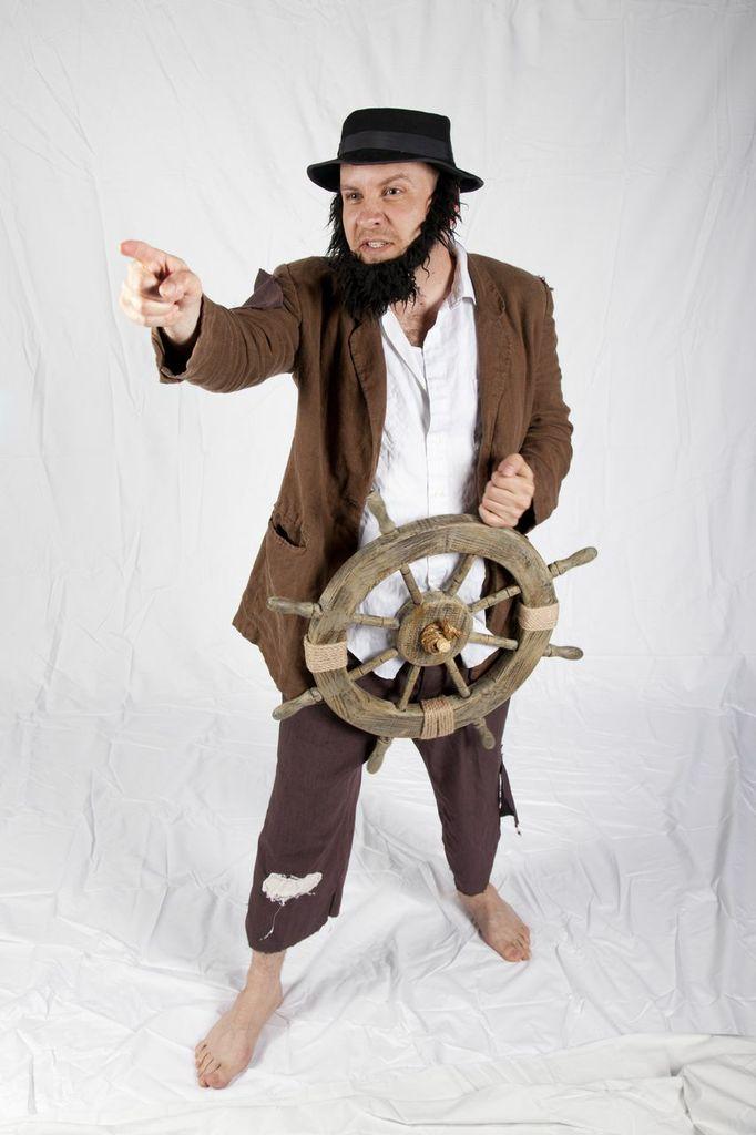 AhabShipwheel